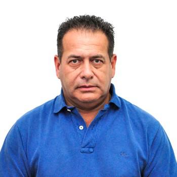 Héctor Adaro