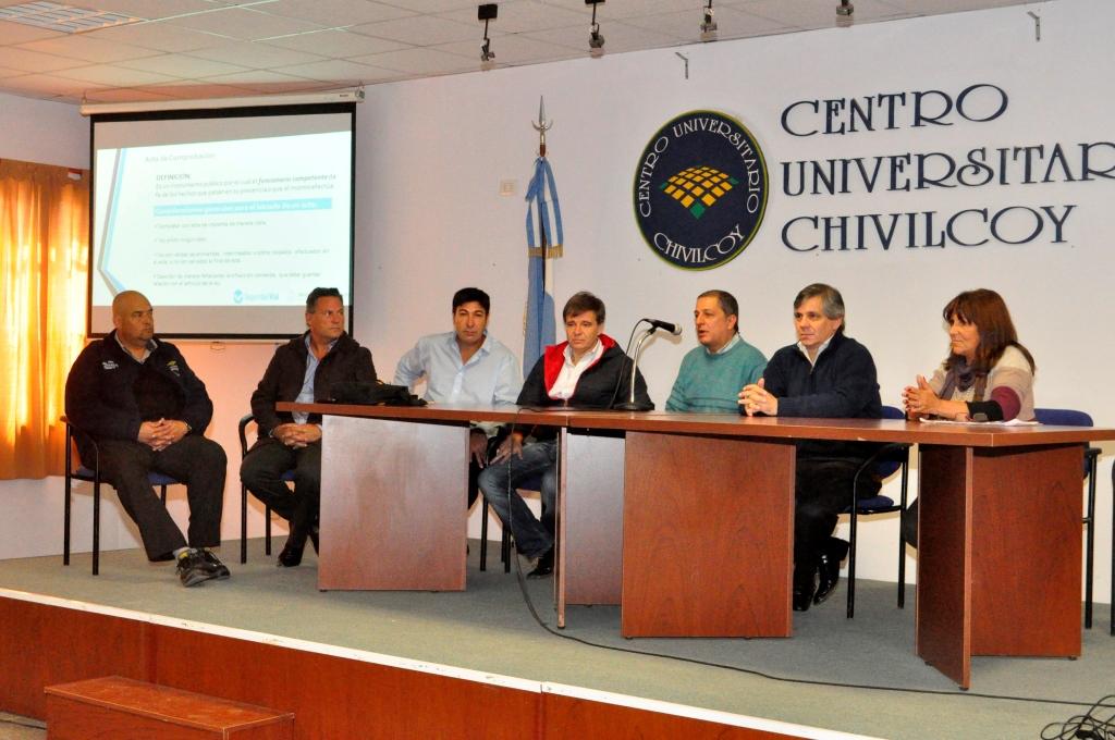 Conferencia en el Centro Universitario