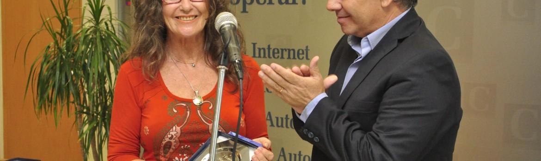 El Intendente Guillermo Britos junto a Elena Bogga