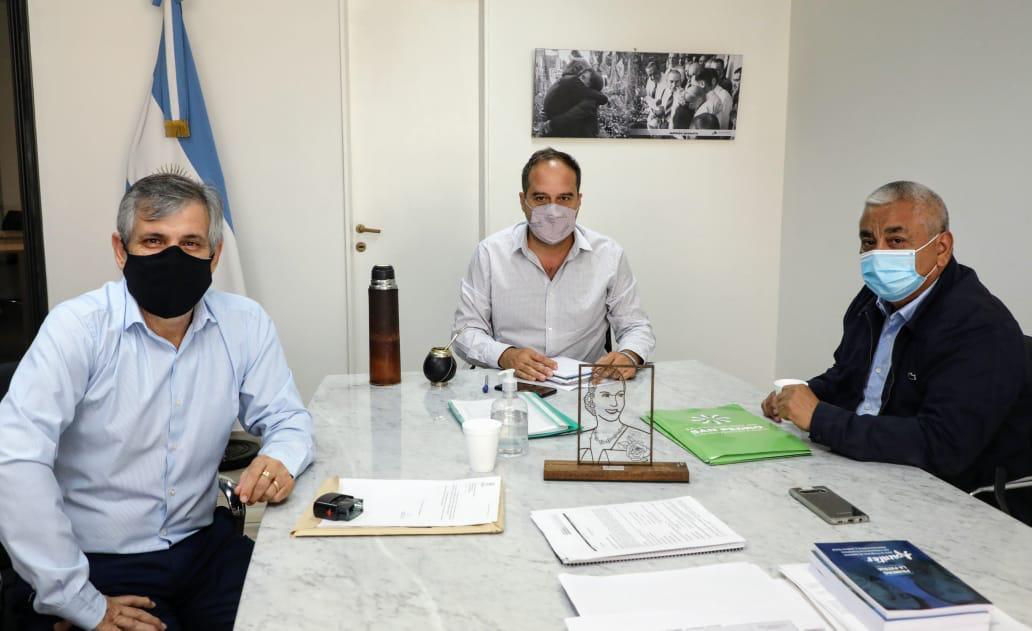 reunion-secretario-de-habitat-maggiotti-britos-chivilcoy
